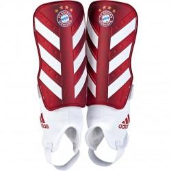 Chrániče adidas Bayern München Chrome 2018/19